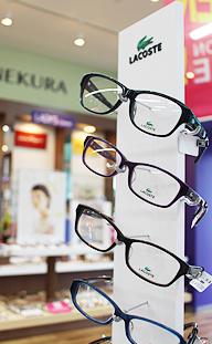 メガネのヨネクラ須賀川駅前本店店内写真